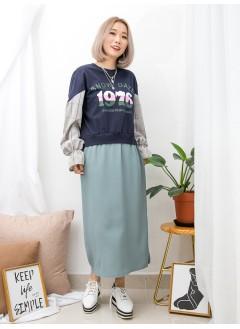 1916-1350-獨特・日系裙-下擺兩旁開叉 X 英文字PRINT , 袖口橡根 X 手袖格仔恤衫料 , 下擺滑滑料 X 拼色衛衣料OPS (韓國)0