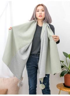 1919-1039B - 勁・可愛 -拼色毛毛球扣針 X 拼色滑滑絨絨料頸巾 (韓國)