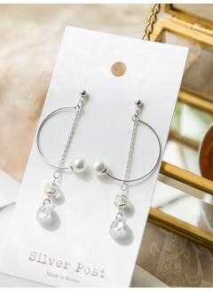 191-1013- 知性・優雅 -- C字 小珍珠  垂吊小水晶 耳環 (韓國)