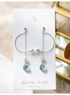 191-1013a- 知性・優雅 -- C字 小珍珠  垂吊小水晶 耳環 ( 韓國)