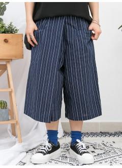 1916-1093 -  隨意 · 直紋 -兩側袋 X 後腰橡根 , 直紋麻棉料裙褲 (韓國)