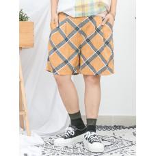 1916-1140- 夏日・幾何圖 - 兩側袋 X 後腰橡根 X 前腰打摺 , 格仔PATTERN麻棉料短褲 (韓國)0