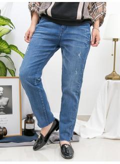 1916-1303 - 特別・設計 -腳位開叉 X 爛爛 , 洗水 X 彈力牛仔直腳褲 (韓國)