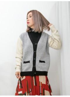 2013-1001A - 靚色・配搭 -前兩袋 X 全開胸扣鈕 , V領 X 拼色冷料外套 (韓國)0