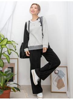 2011-1025 - 點點子 -前幅, 手袖點點PATTERN雙面料 X 單邊釘鈕 , 坑紋 X 淨色雙面料TOP (韓國)0