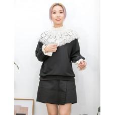 2011-1530-提升・氣質- 領位 , 袖口通花刺繡恤衫料 X 薄衛衣料TOP (韓國) -