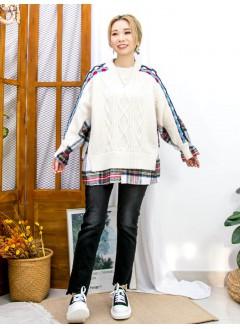 2011-1730- 層次感 - 袖口橡根 X 前幅下擺開叉 , 格仔絨絨料 X 麻花PATTERN冷料TOP (韓國)   0