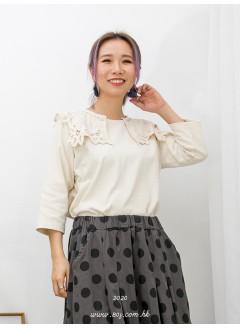 2011-1055A - 可愛・日系蕾絲 -反領位通花棉LACE X 刺繡 , COTTON料TOP (韓國)