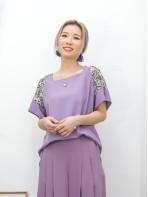 2011-1232A - 溫柔・美態 -膊位拼色通花LACE , 網布 X 滑滑料TOP (韓國)0
