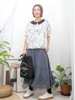 2011-1260- 日系・藝術感 -下擺束繩 X DOUBLE LAYER反領位 , 花花刺繡 X 麻棉料TOP (韓國)