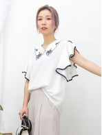2011-1279A - 雅緻・美感 -反領位波浪邊通花刺繡 X 手袖RUFFLE ,  滑滑料TOP (韓國)0