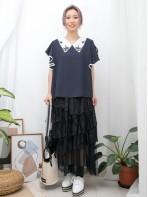2011-1279-雅緻・美感-反領位波浪邊通花刺繡 X 手袖RUFFLE , 滑滑料TOP (韓國)