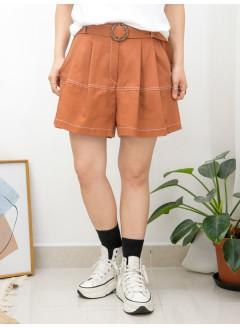 2015-1104B-裙褲仔- 後腰橡根 X 前腰打摺 , 兩側袋 X 拼色車線 , 麻棉料短褲 (連腰帶) (韓國)0