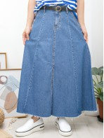 2015-1109- 復古・型格 - 兩側袋 X 後腰橡根 X 前腰扣鈕 , 下擺前幅開叉 X SOSO邊 , 牛仔料半截裙 (韓國)