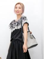 2011-1341-碎花・優雅- 領位通花刺繡雪紡料 X 波浪邊通花LACE , COTTON料TOP (韓國)0
