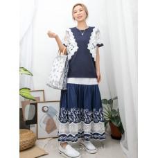 2011-1360-蕾絲控- 手袖 , 兩旁通花LACE X 釘珍珠 , 銀波波 , COTTON料TOP (韓國)