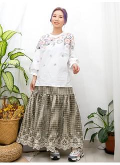 2011-1459A - 刺繡・系列 -下擺兩旁開叉 X 膊位 , 手袖花花刺繡 , 恤衫料TOP (韓國)