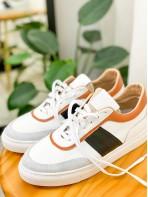 2017-1017 - 韓國品牌・soyou -後踭位釘釘 X 拼色真皮 , 綁帶波鞋 (韓國)