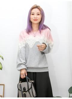 2011-1516A- 隨意・蕾絲 -胸位波浪邊通花LACE X 釘珍珠 , 上 , 下拼色COTTON料TOP (韓國) 0